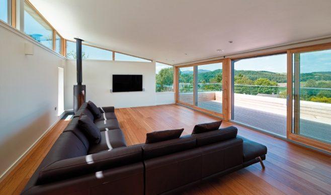 Okna w stylu high-tech – inteligentny dom
