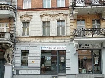 okna_bednarek_budynek z zewnątrz_od_ulicy
