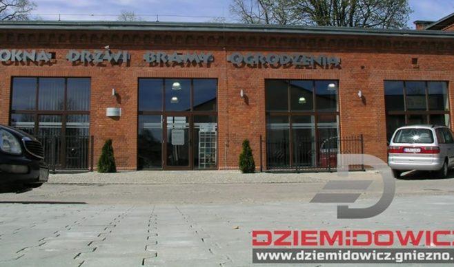 Firma Dziemidowicz salon okien i drzwi z klasą