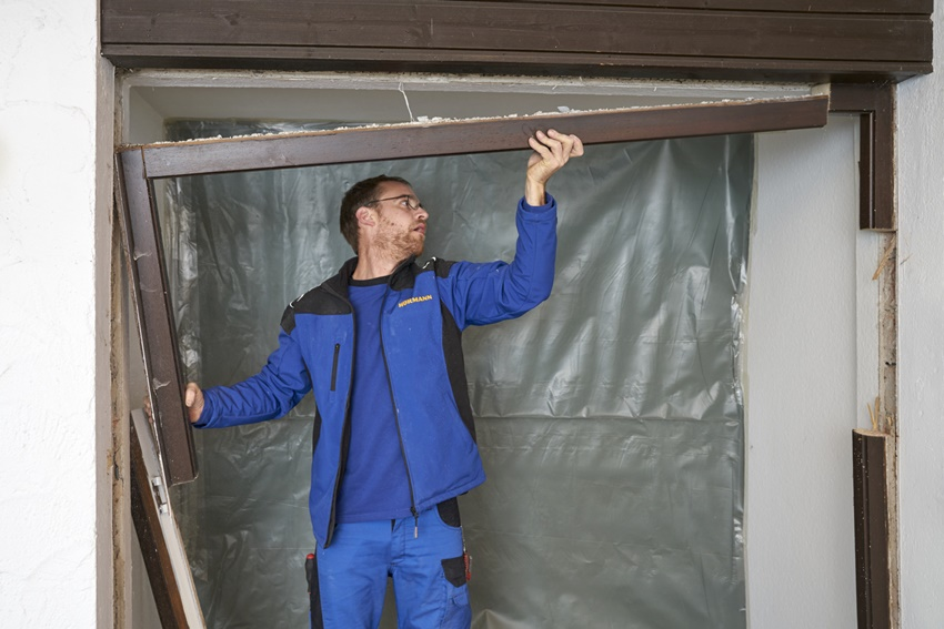 Usuwanie drzwi zewnętrznych fot.2
