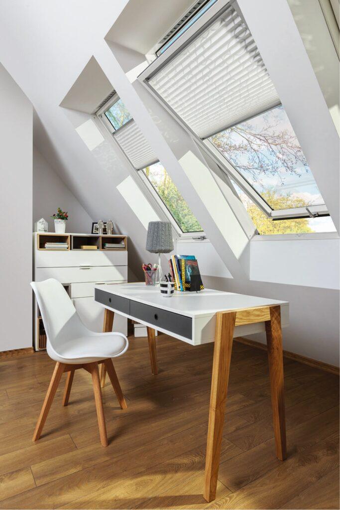 Jakość okien i komfort pomieszczeń na poddaszu