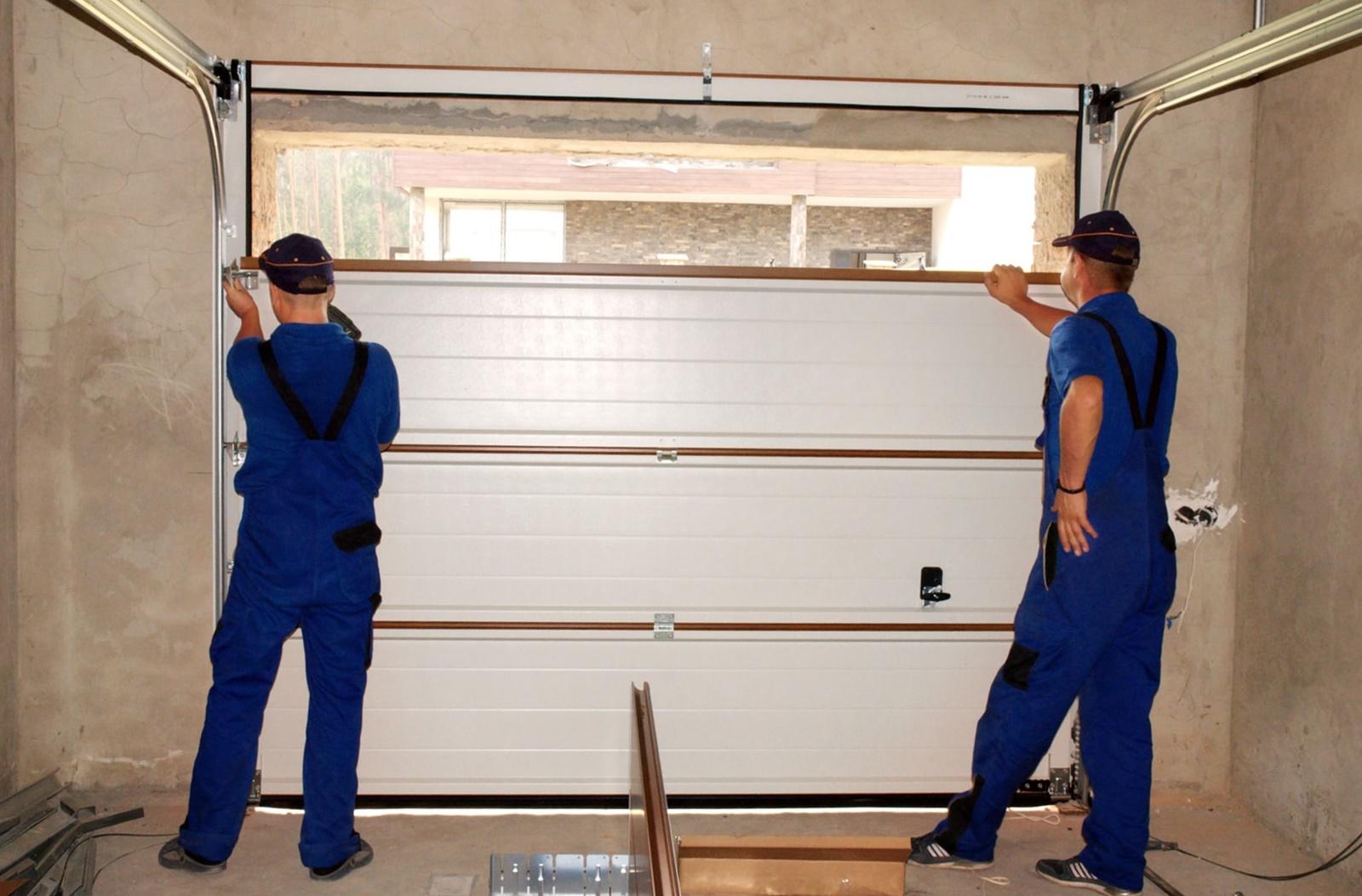 montaz bramy garażowej